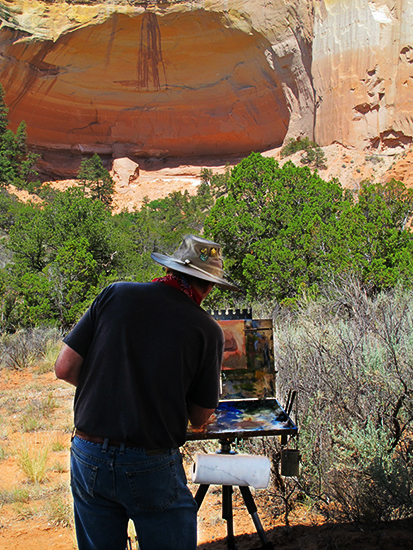photo of John Hulsey painting at Echo Amphitheater