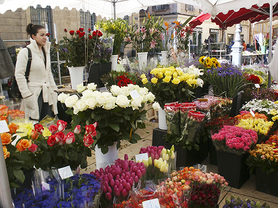 photo of flower market, Aix, France. © J. Hulsey