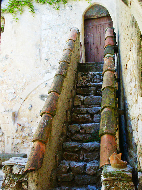 photo of ancient staircase. © J. Hulsey
